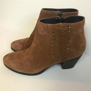 Franco Fortini Nicolette Suede Booties Size 7